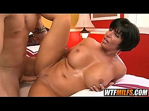 This sexy MILF bitc controls the cock..