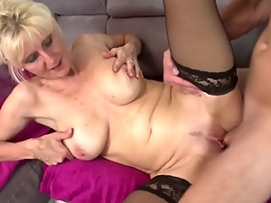 Hot real mom fucked by not her son -..