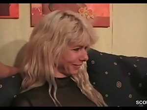 Mutti und ihre Freundinnen erwischen..