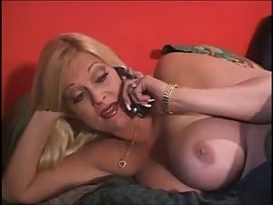 Busty blonde stepmom Brooke Hunter fucks..