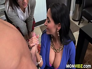Daisy Summers And StepMom Ava Addams..