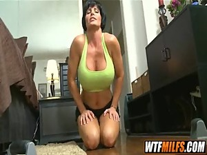 Strong muscle MILF man handles young guy..