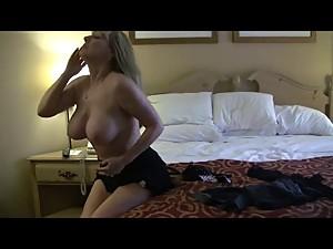 sexy mom greta carlson